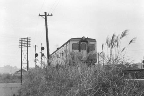 26旧線を走るDC.jpg